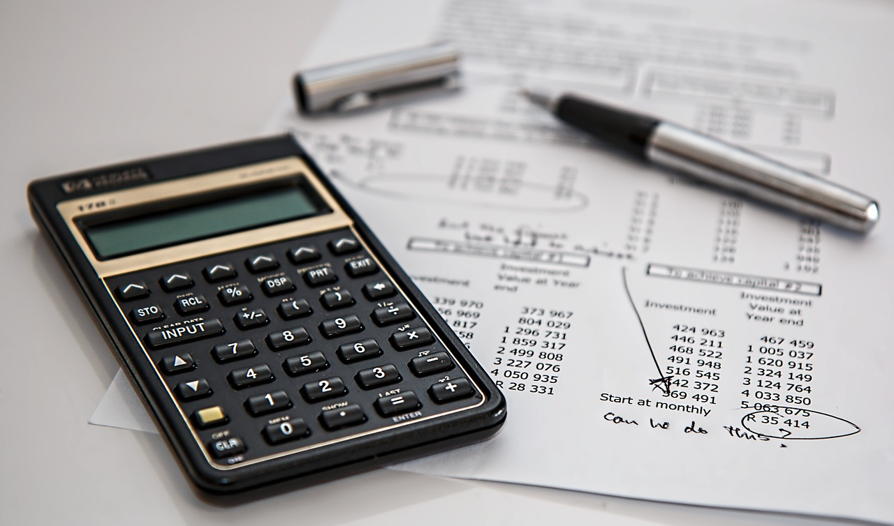 calculator-accounting-department